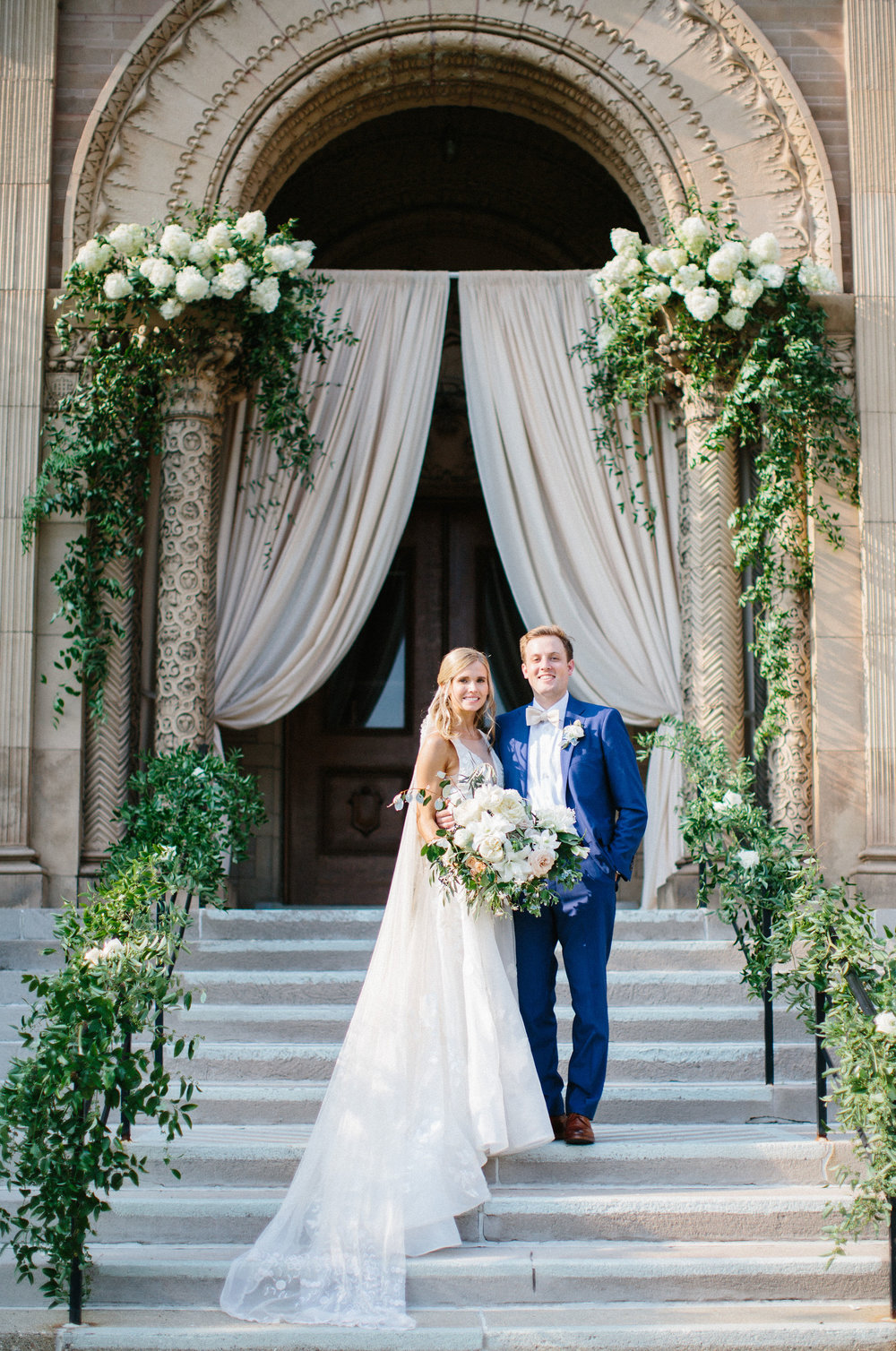 Photo credit: Kristina Lorraine Photography/ Floral: Frontier Flowers