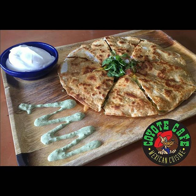 Poblano Ranch Quesadilla  Diced chicken, black beans, and Poblano ranch sauce in a satisfying 8-piece quesadilla  #mexicanfood #mexican #quesadilla #chickenquesadilla #cheese #delicious #monday