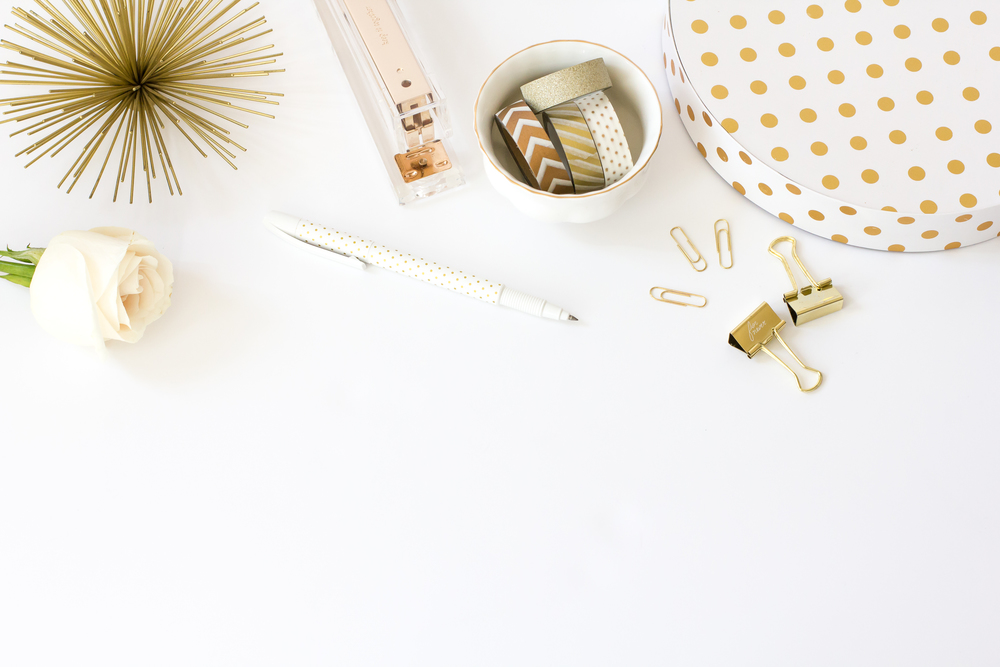 hc-styled-stock-white-gold-4.jpg