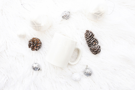 haute-chocolate-styled-holiday-stock-photos-mockups-14.jpg