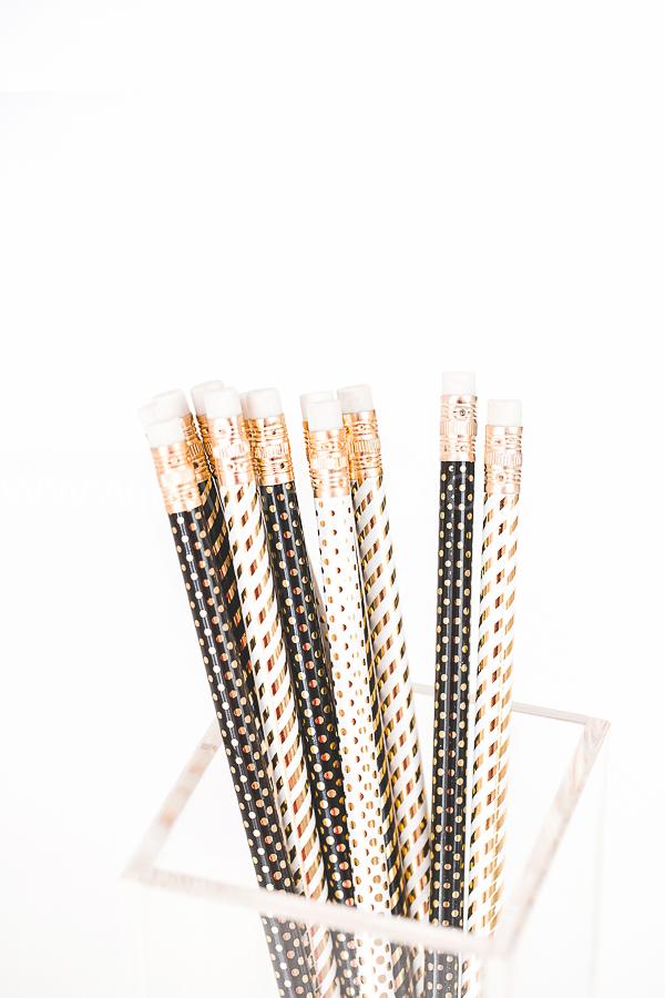white--black-gold-styled-stock-photos-haute-chocolate-samples-13.jpg