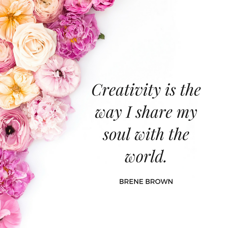 Create a beautiful Instaquote graphic with your fav inspirational quote and fav Haute Stock floral photo. To see more floral graphic examples, click here to view the full article!