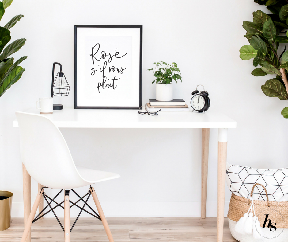 Haute Stock's Urban Vibes Mockups collections features frame mockups for you to show off your own designs or marketing! To see more from the collection, click to read the full article.