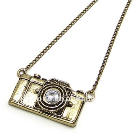 Vintage_camera_necklace_jewelry_camera_necklace_camera_pendant_camera_charms