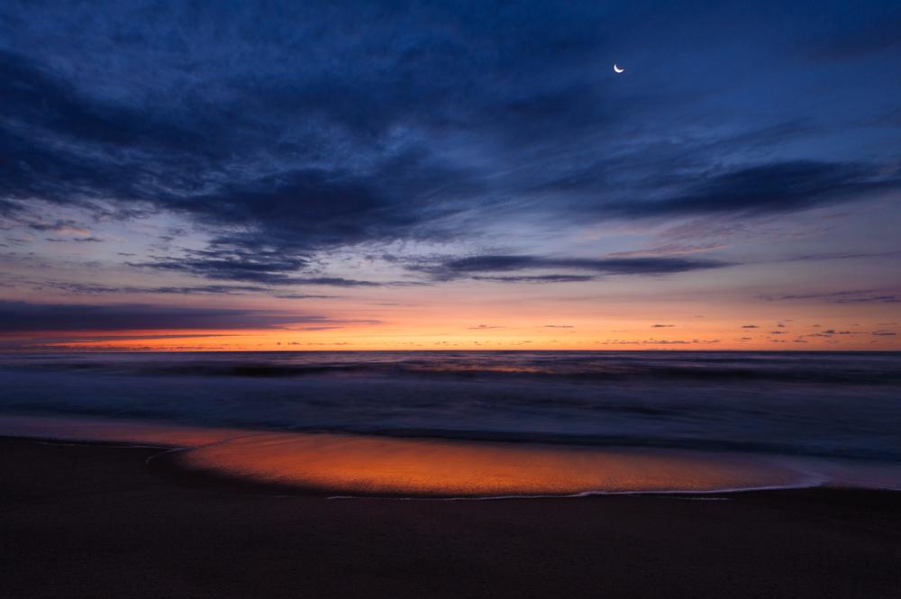 Bethany Sunrise and Moon