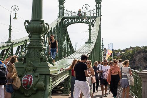 szabadsag bridge budapest closed