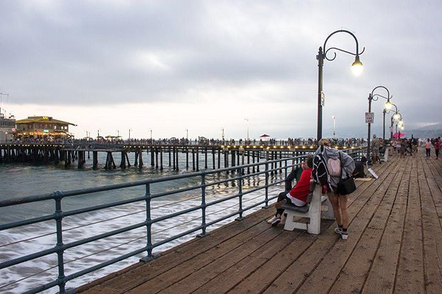 What's the point of going on adventures if you don't have friends to share them with?⠀ ⠀ ---------------⠀ ⠀ #santamonicapier #santamonicabeach #santamonicasunset #santamonicalife #ferriswheels #boardwalks #sunsetbeach #citystreets #citylove #citygram #urbandesign #urbandetails #urban_shots #urbanstreet #citylimitless #wearethestreet #challengerstreets #streetscene #streetnight #nightscape #longexposure #losangelescity #igerslosangeles #ig_losangeles #californialove #california_igers #californiadreaming #californialiving #californialife #cityofangels