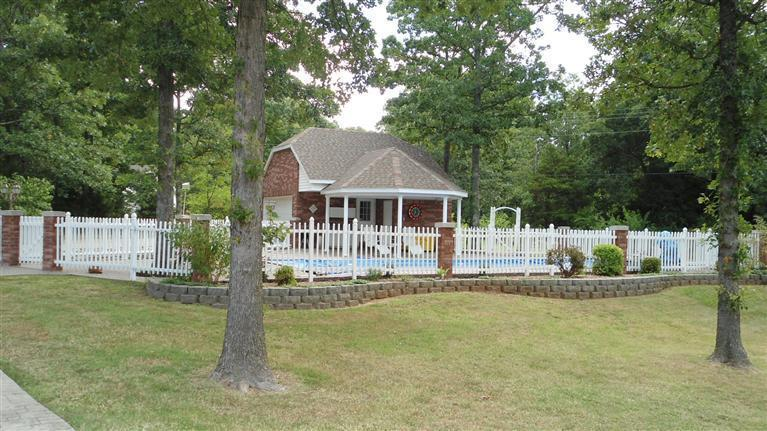 poolhouse, pool and yard.jpg