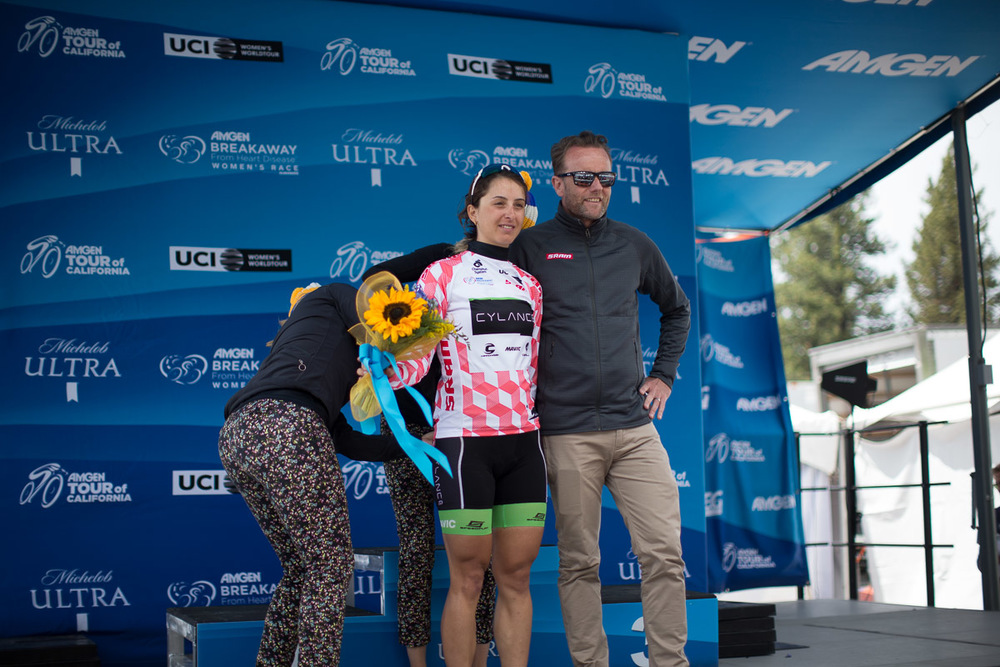 Rossella Ratto donning the race's first SRAM Best Young Rider Jersey.