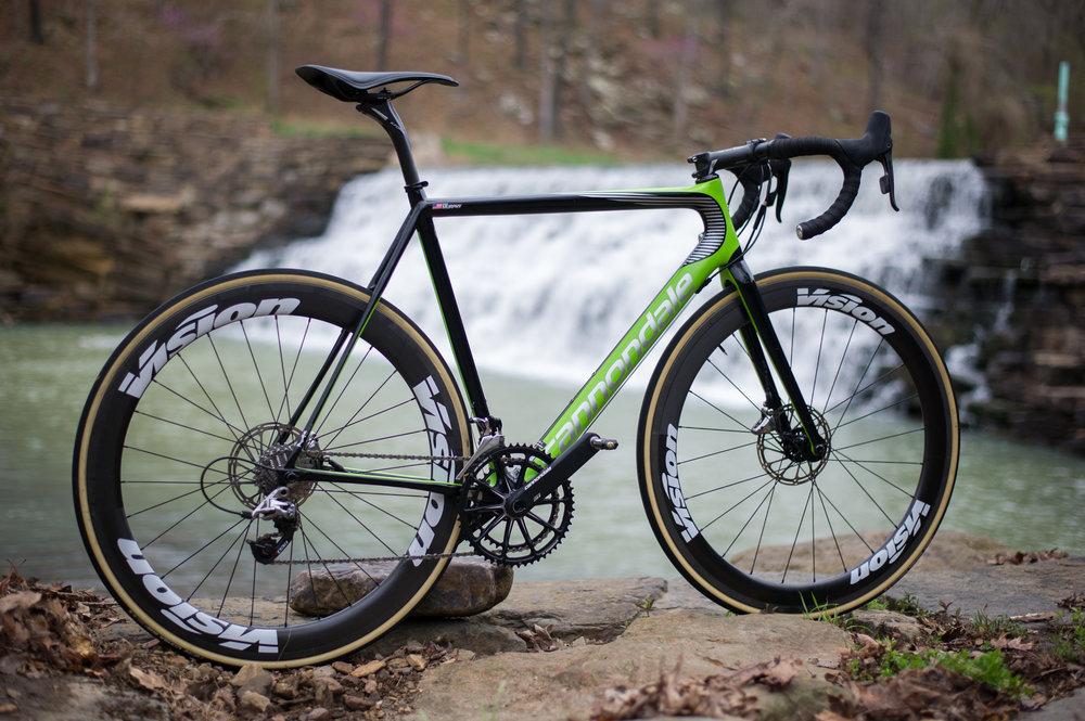 PRO BIKE: Kyle Murphy\'s SuperSix EVO Hi-MOD Disc — Cylance Pro Cycling