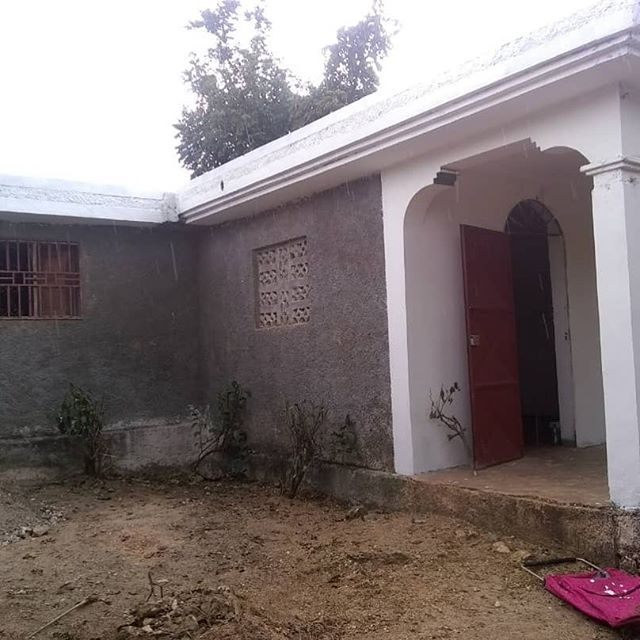 The Dream is becoming a reality! We have secured this site and began minor renovations. We are hopeful that in just a little while women will be pouring through this building for life saving treatment and education!