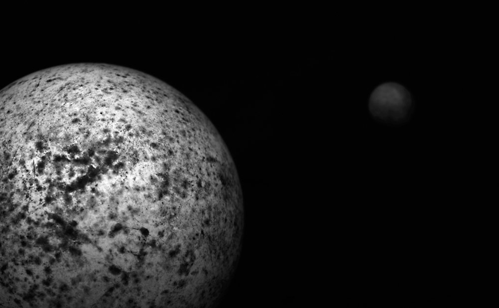 Planet-Moon-GrSc.jpg