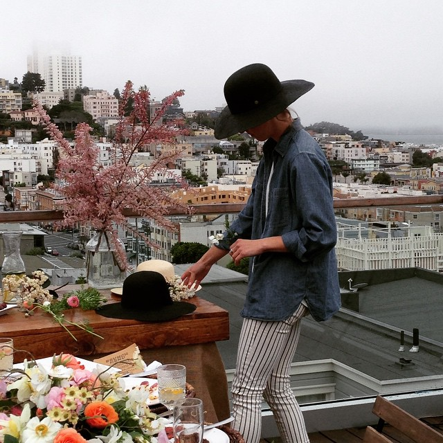 #tbt to when we spent the bitterest of foggy SF mornings on location for the @goorinbros spring photo shoot, pretending we weren't cold. #styledshoot #vennfloral #goorinbros #atwork #parttimemodel