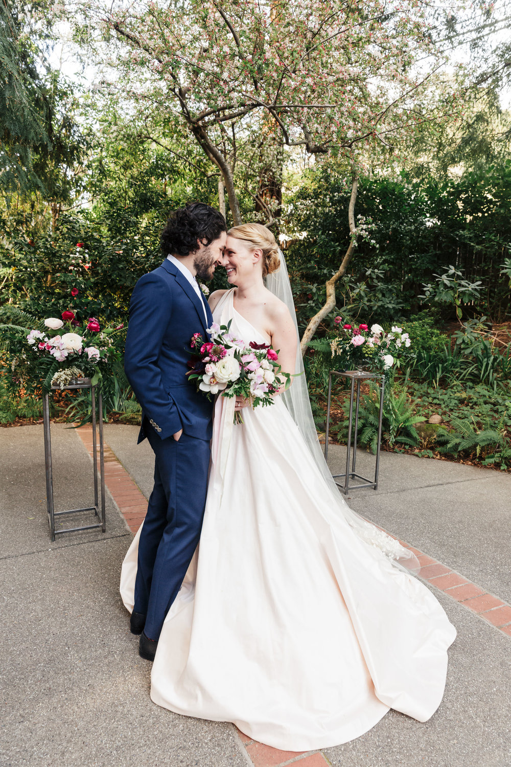 Elegant garden wedding at The Outdoor Art Club in Mill Valley, California with Torrey Fox Photography, Venn Floral and Oh Splendid Day.