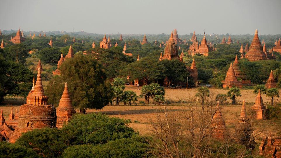 BURMA-Bagan-temple-4.jpg