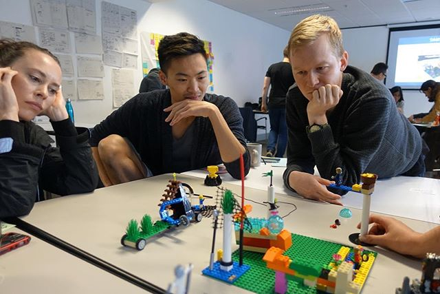 """What are the key challenges facing IKEA?"" Working with the UX students from General Assembly on a project involving IKEA.  Such intense focus and thought. It's awesome when you can ""see"" the conversation.  #LegoSeriousPlay #creativity #innovation #LEGO #metaphor #workshop #facilitation #meetings #story #hand #play #storytelling #IKEA #generalassembly"