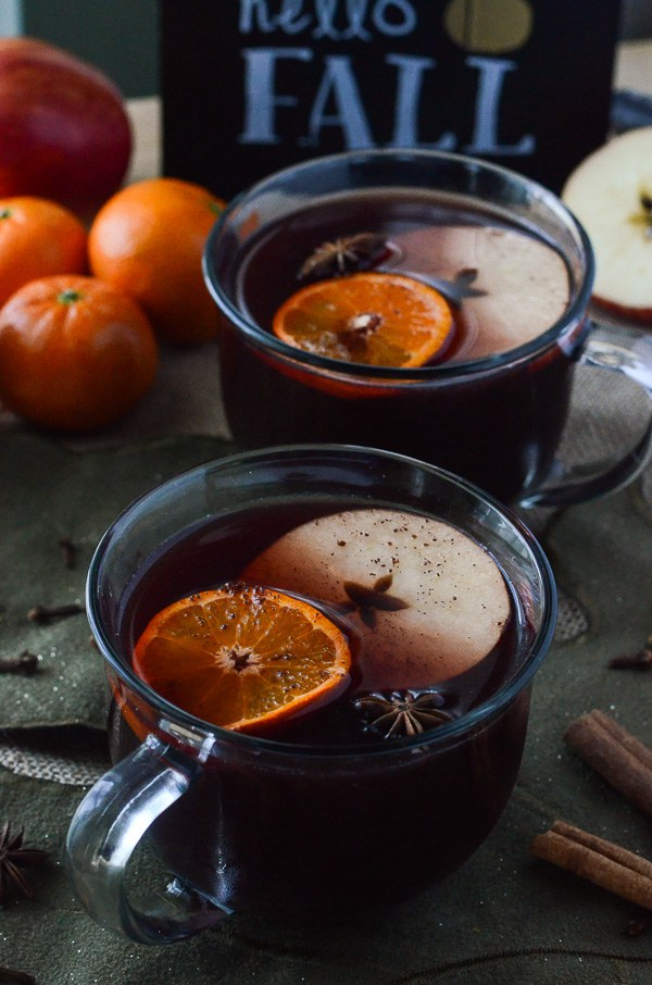 Hot-Mulled-Apple-Cider-Sangria-2.jpg