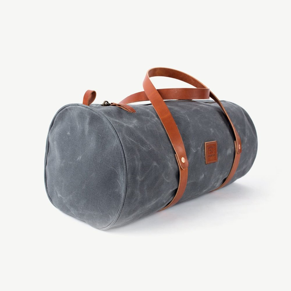 bag-the-weekender-charcoal-5_2000x2000.jpg