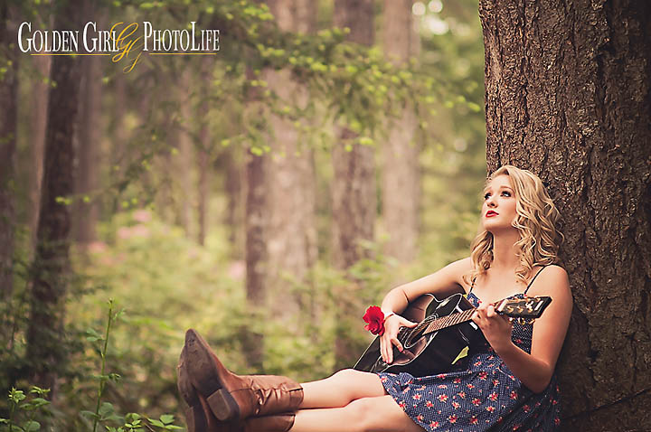 Kitsap-Western-WA-Senior-Portraits-Photography-guitar_1.jpg