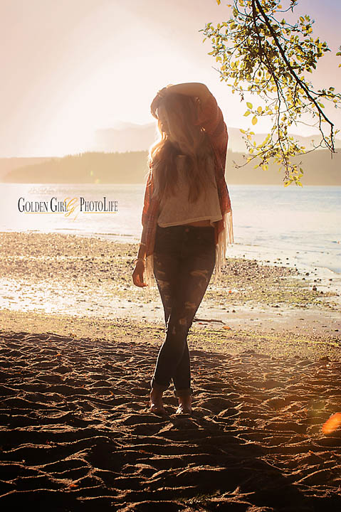 Seattle-Kitsap-Western-WA-Senior-Portraits-Photographer-beach.jpg