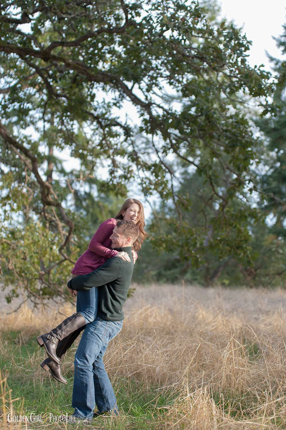 fort-steilacoom-engagement-session-tacoma-wedding-photographer-photo_0015.jpg