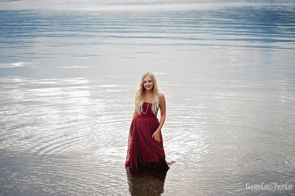 Gig Harbor High School senior pictures beach water photo