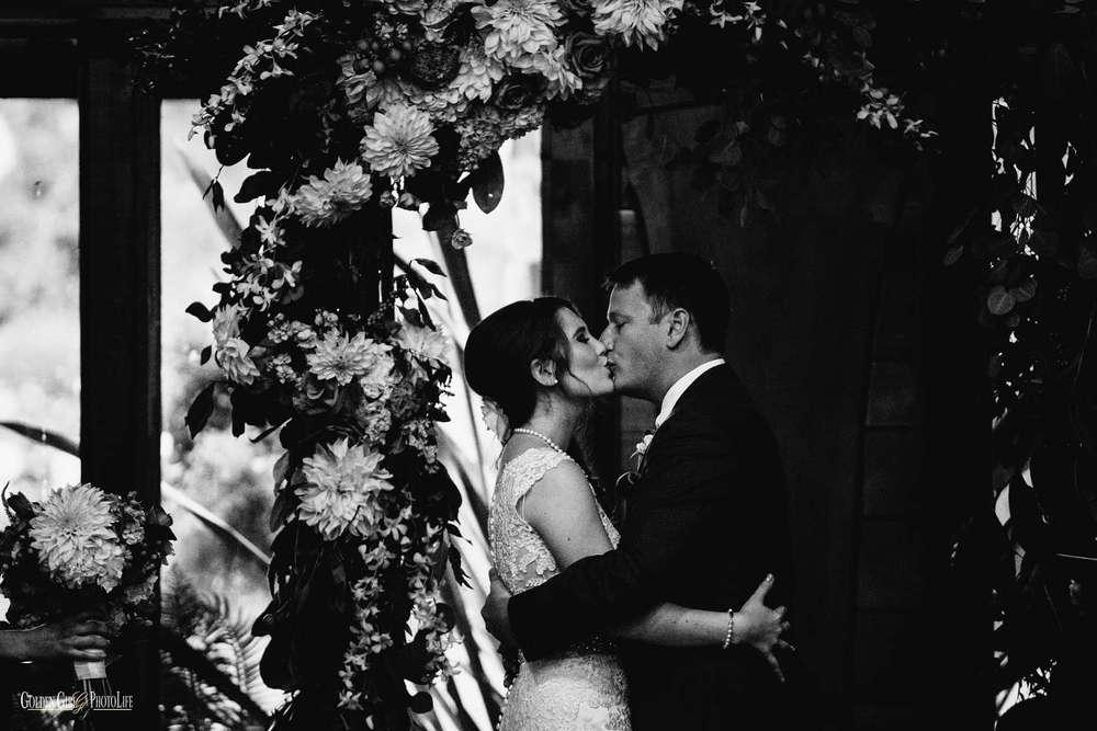 kiana-lodge-wedding-bainbridge-island-photo_0071.jpg
