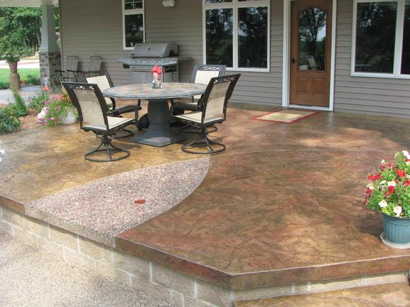 Stamped Patio with Agate Design