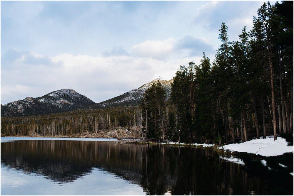 rocky-mountain-national-park-elopement-sprague-lake-colorado-adventure-wedding-photographer_taylor-powers_181.jpg