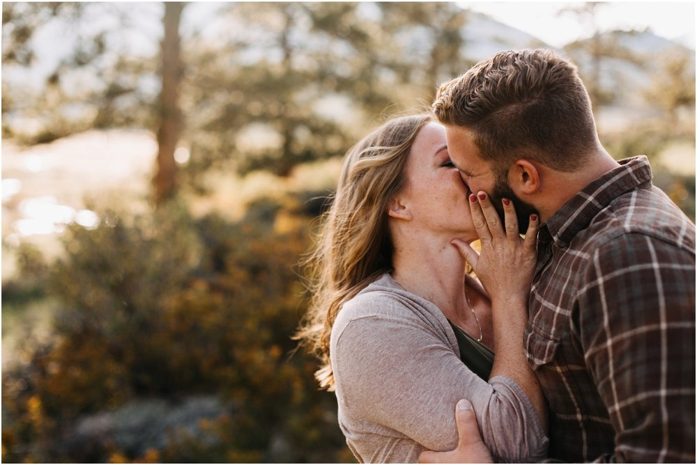 Jessica_Daniel_Colorado_adventure_engagement_session_rocky_mountain_national_park_trail_ridge_road__0004.jpg
