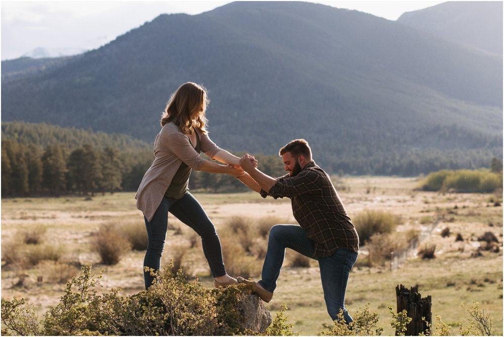 Jessica_Daniel_Colorado_adventure_engagement_session_rocky_mountain_national_park_trail_ridge_road__0010.jpg