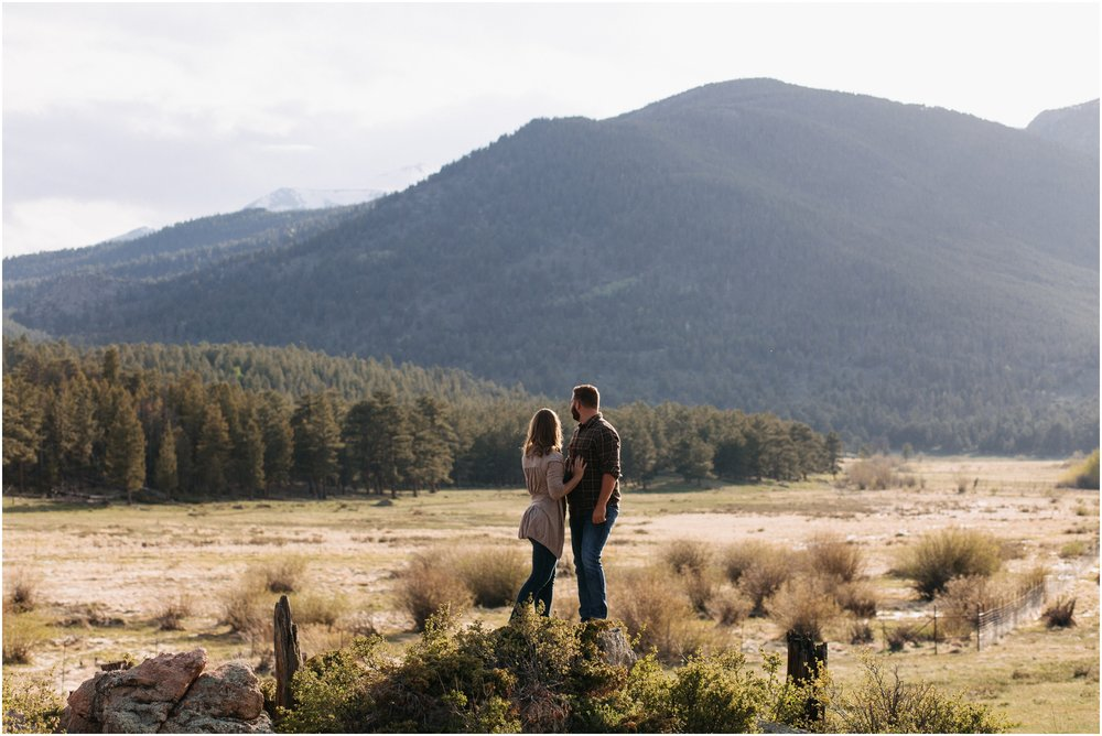 Jessica_Daniel_Colorado_adventure_engagement_session_rocky_mountain_national_park_trail_ridge_road__0012.jpg