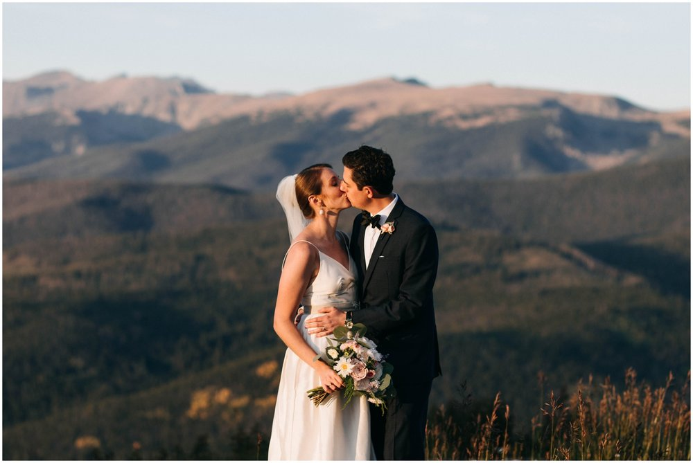 NadegeandJoe_elegant_winter_park_wedding_lodge_at_sunspot_mountain_taylor_powers_0208.jpg