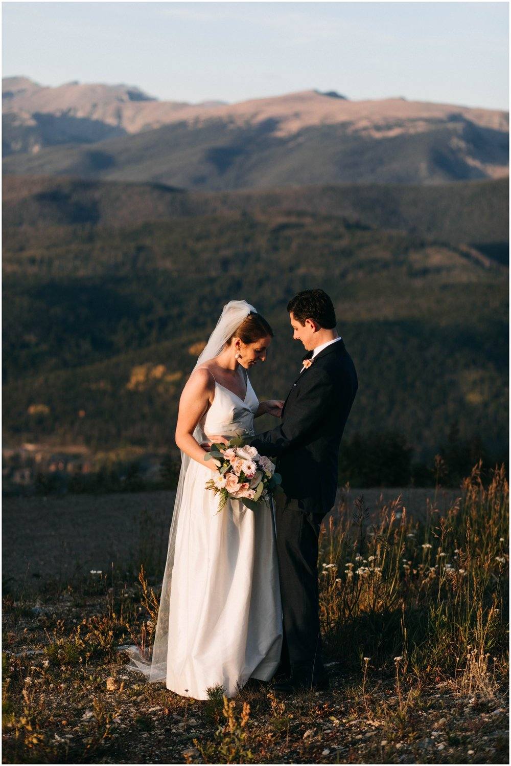 NadegeandJoe_elegant_winter_park_wedding_lodge_at_sunspot_mountain_taylor_powers_0207.jpg