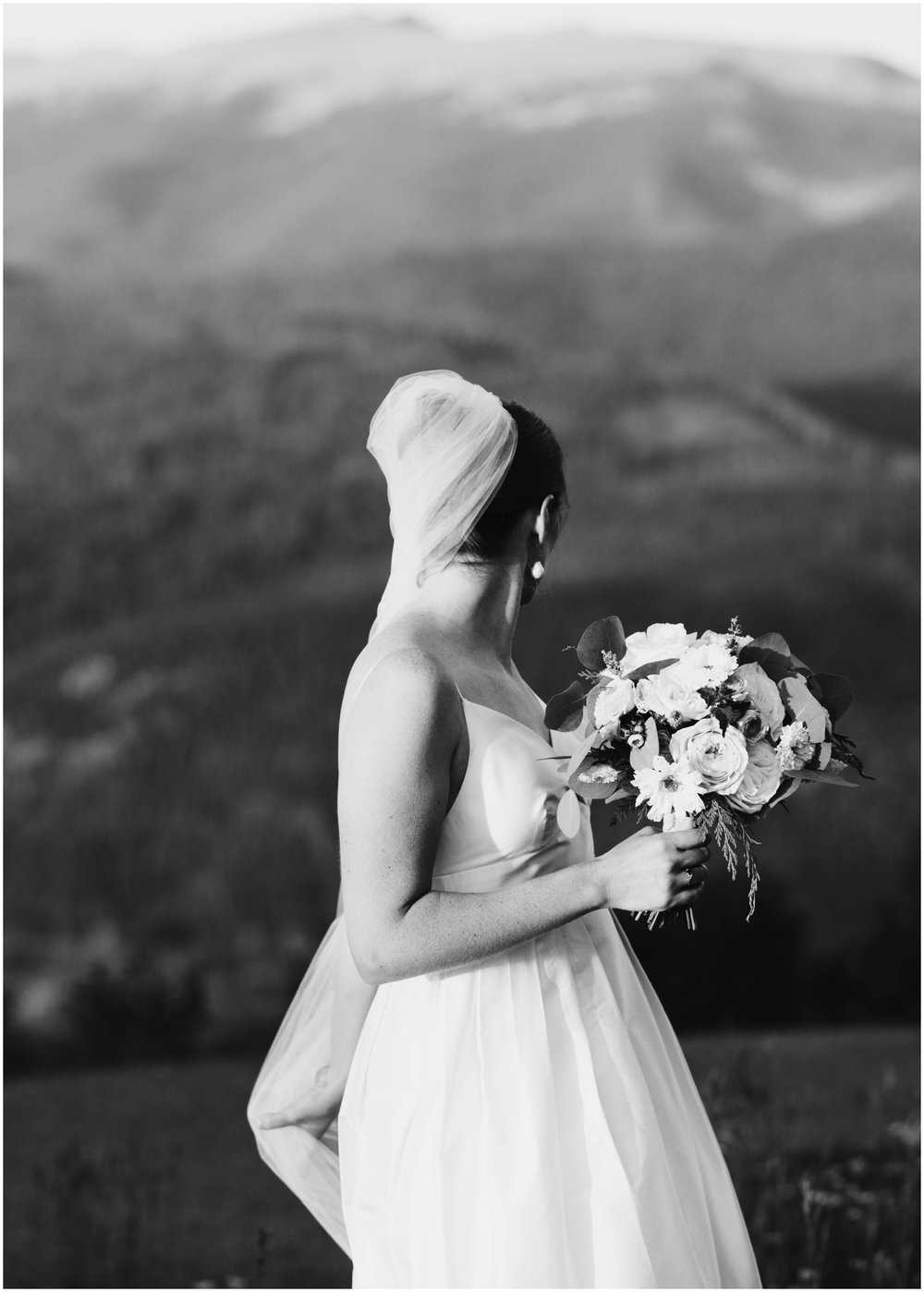 NadegeandJoe_elegant_winter_park_wedding_lodge_at_sunspot_mountain_taylor_powers_0211.jpg