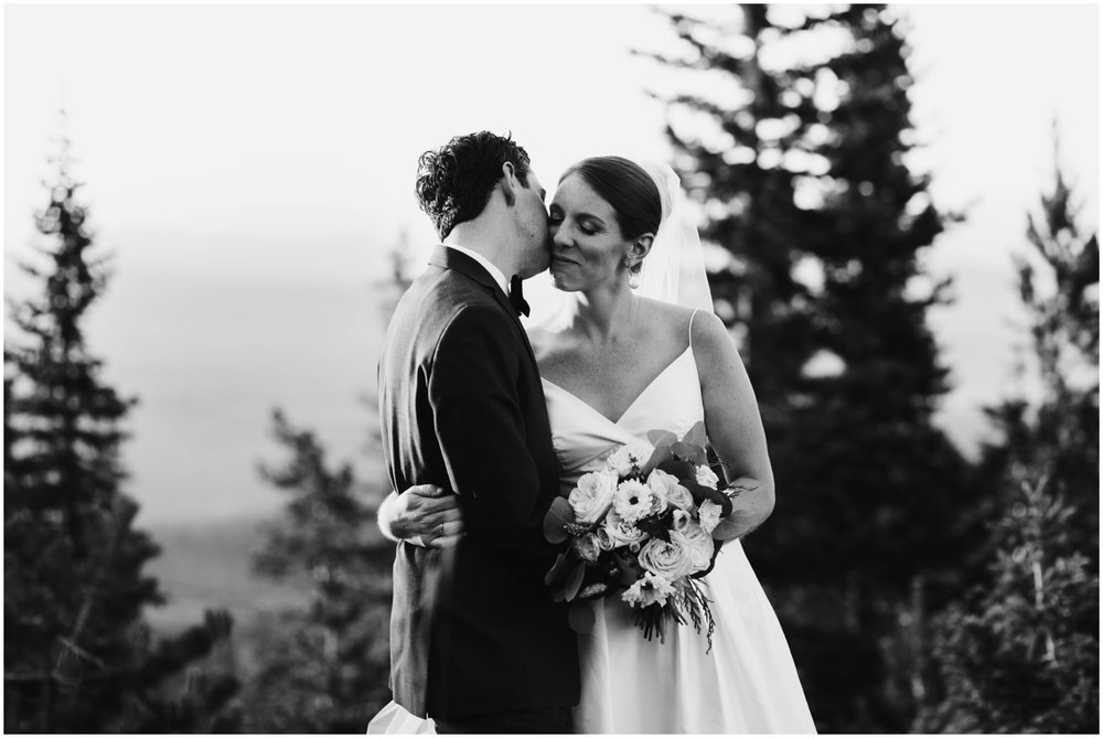 NadegeandJoe_elegant_winter_park_wedding_lodge_at_sunspot_mountain_taylor_powers_0221.jpg