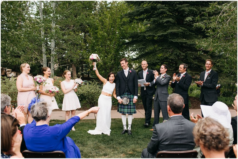 Courtney+Jamie_modern_vail_village_wedding_colorado_taylor_powers_0084.jpg