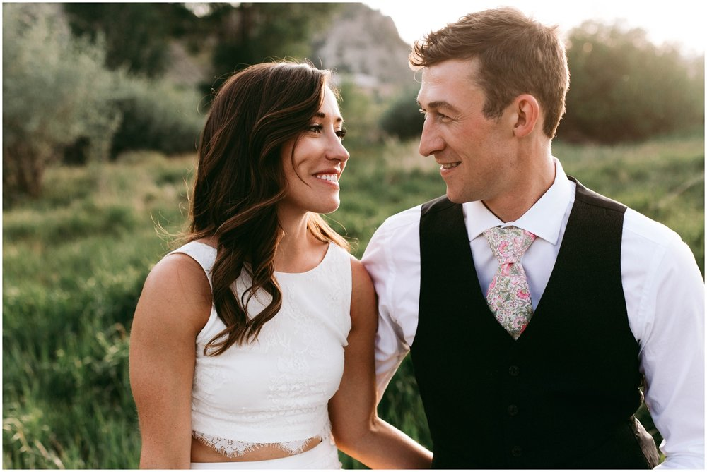 Courtney+Jamie_modern_vail_village_wedding_colorado_taylor_powers_0145.jpg