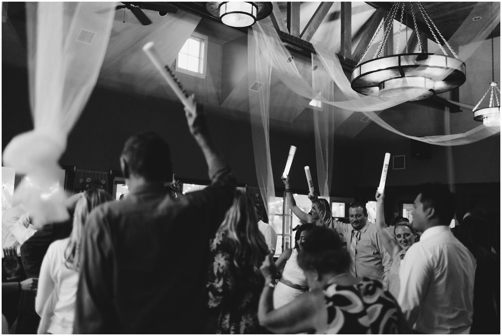 Courtney+Jamie_modern_vail_village_wedding_colorado_taylor_powers_0154.jpg