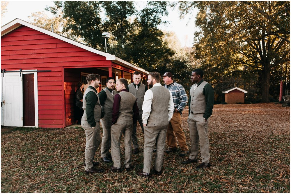 Jess+Dan_rustic_southern_farm_fall_wedding_charlotte_north carolina_taylor powers_0147.jpg
