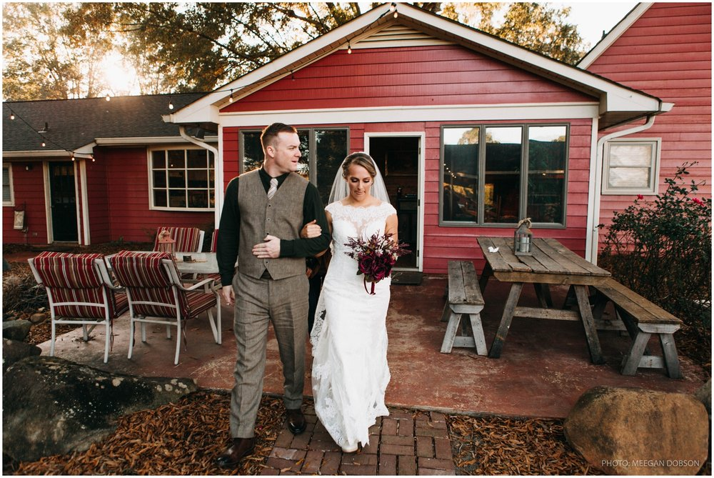 Jess+Dan_rustic_southern_farm_fall_wedding_charlotte_north carolina_taylor powers_0163.jpg