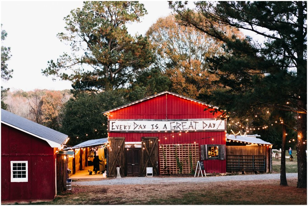 Jess+Dan_rustic_southern_farm_fall_wedding_charlotte_north carolina_taylor powers_0256.jpg