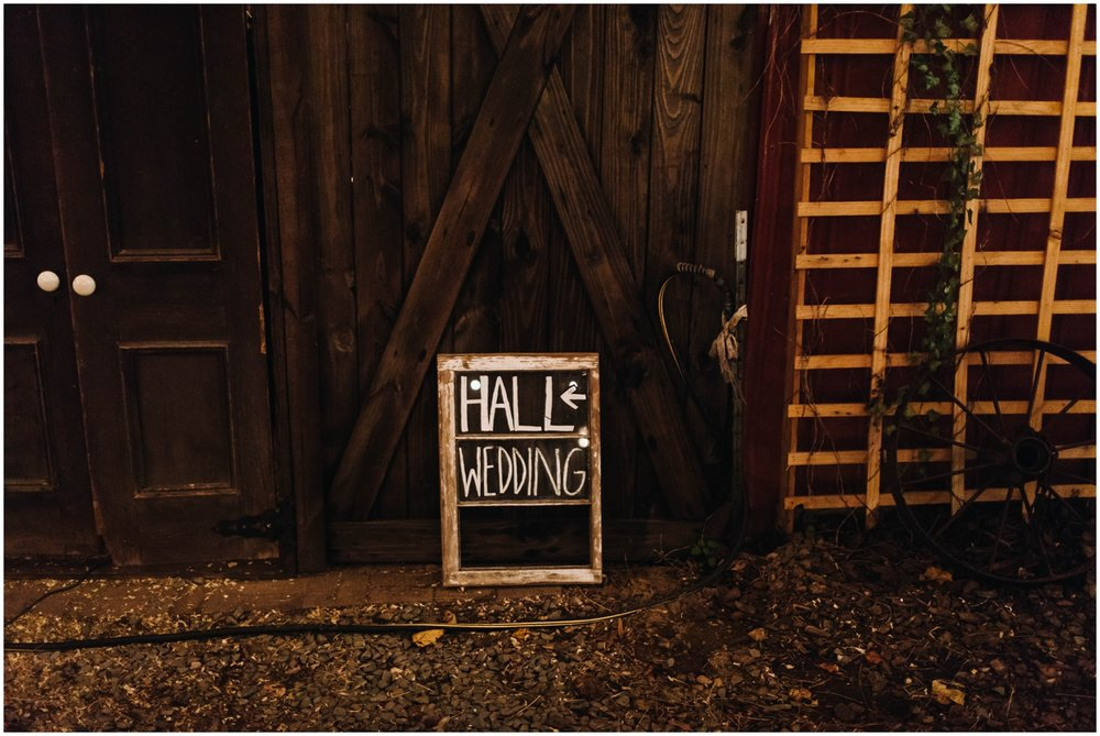 Jess+Dan_rustic_southern_farm_fall_wedding_charlotte_north carolina_taylor powers_0283.jpg