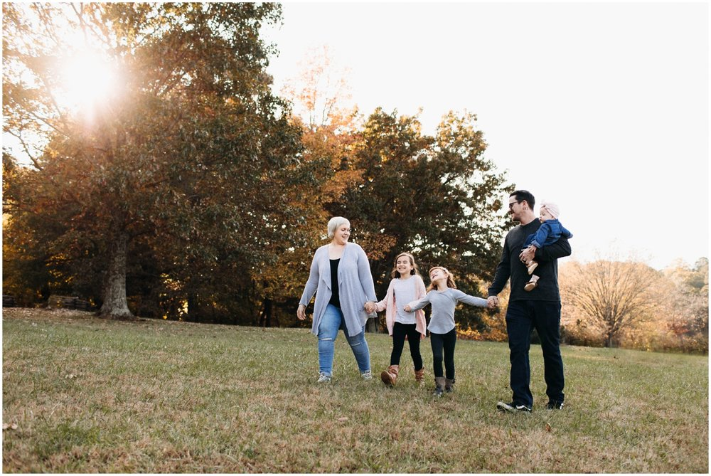 the_fosburghs_adventure_family_session_unposed_families_portraits_0020.jpg