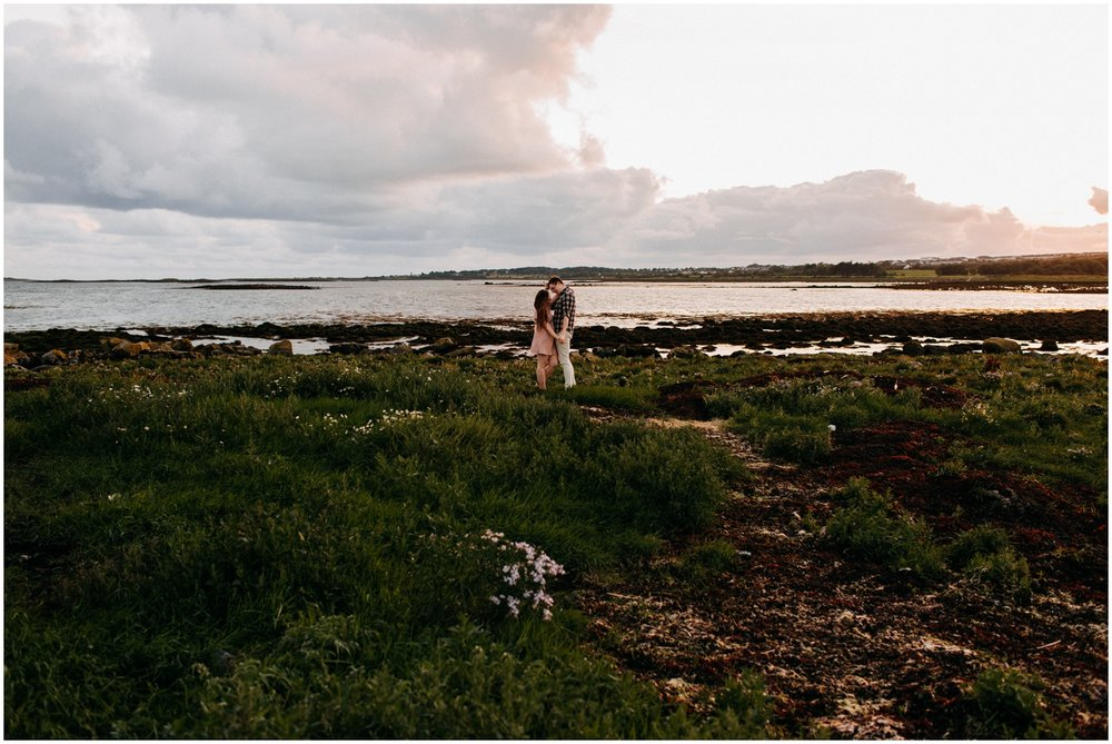 ireland_engagement_adventure_session_irish_couple_international_photographer_taylor_powers__0049.jpg