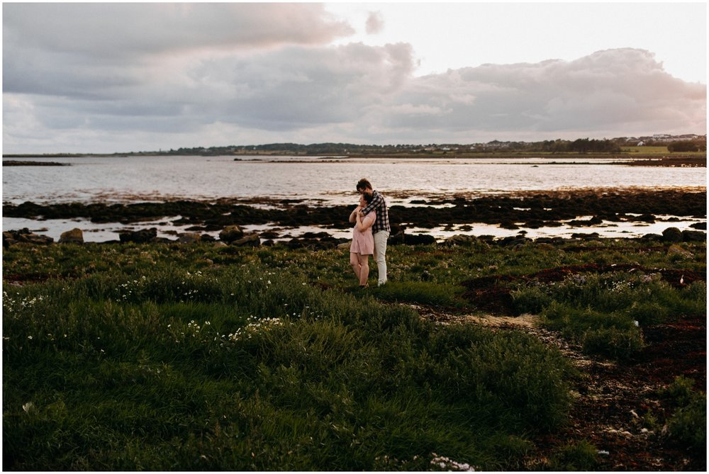 ireland_engagement_adventure_session_irish_couple_international_photographer_taylor_powers__0051.jpg