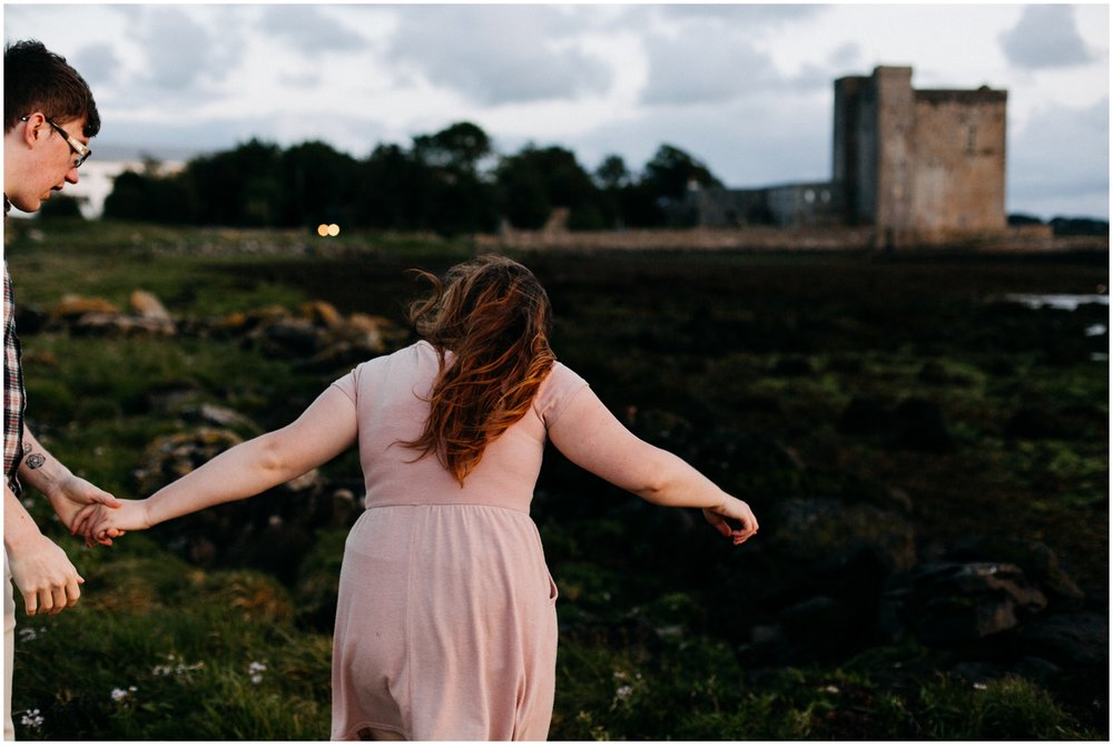 ireland_engagement_adventure_session_irish_couple_international_photographer_taylor_powers__0063.jpg