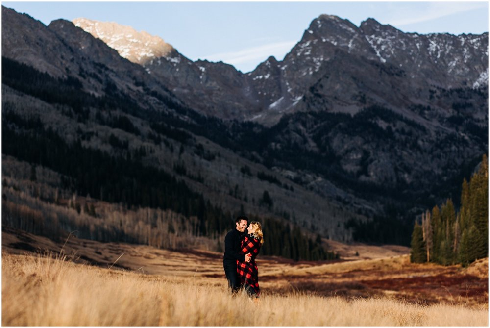 adventure_photo_engagement_session_vail_colorado_taylor_powers__0048.jpg