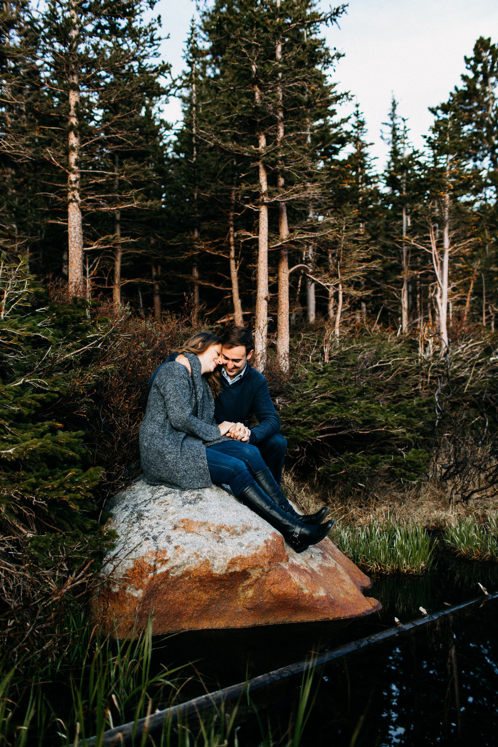 LINDSAY + BRYAN | ADVENTURE ENGAGEMENT SESSION AT RED ROCK LAKE
