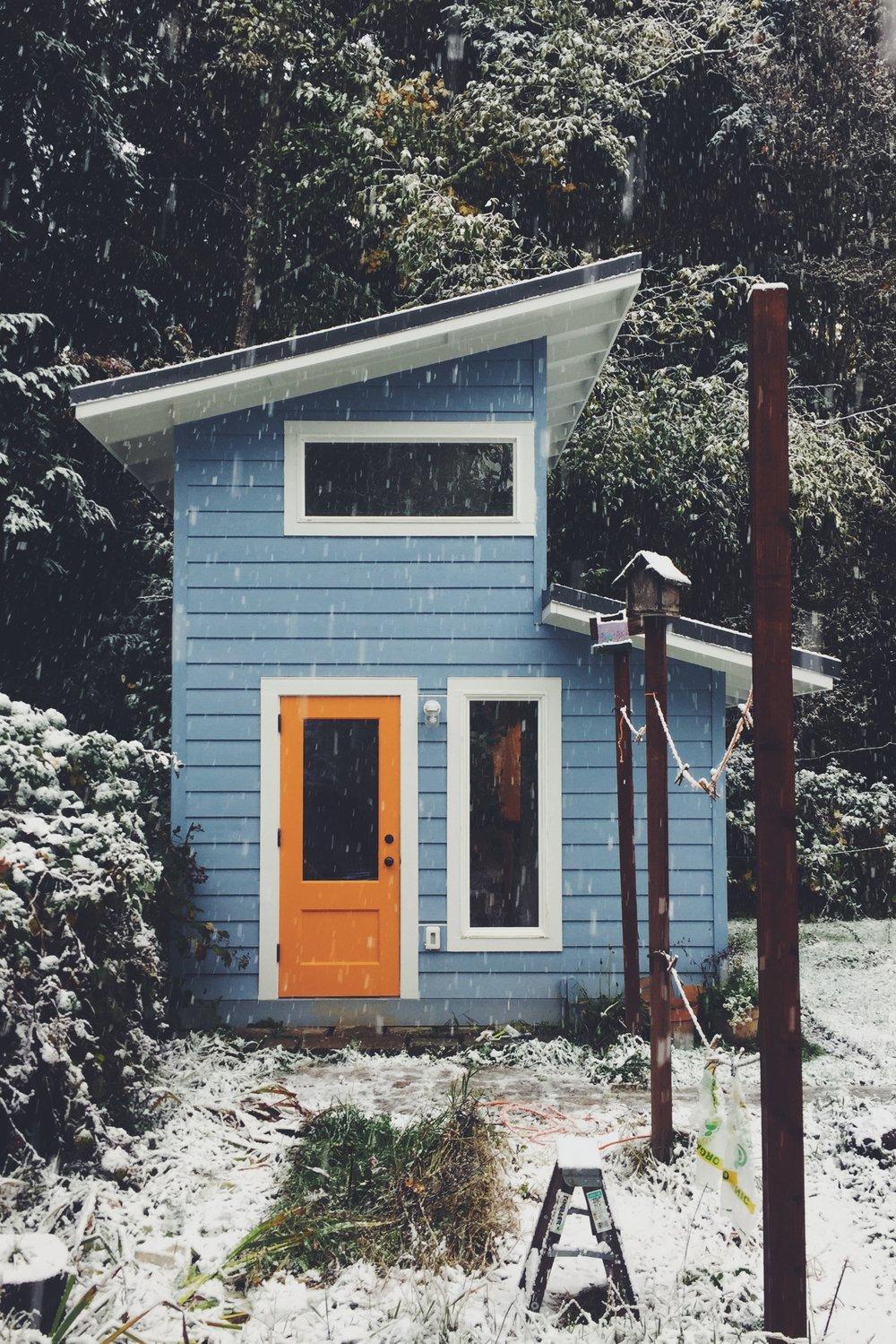 Bothy Snow.jpg
